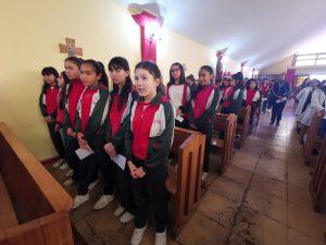 Alumnas de 6to básico participan en Eucaristía