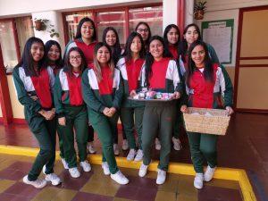 Actividad solidaria alumnas de 4º medio