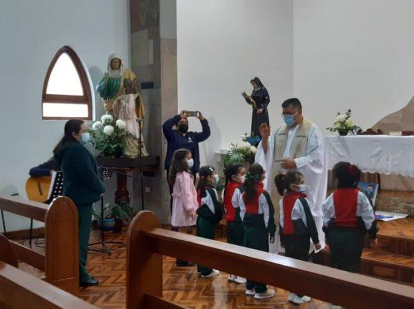 Celebración Eucaristía Pre - Básica.
