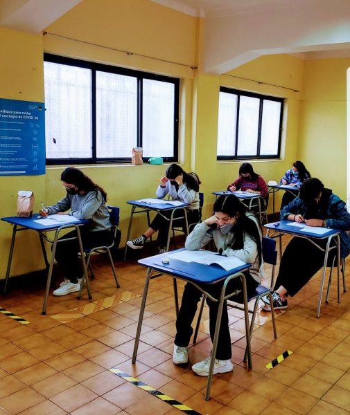 Alumnas 4os medios participan en Ensayos PDT